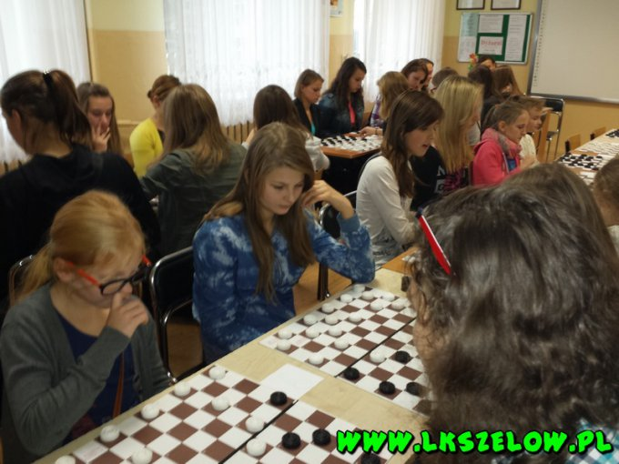 Drużynowe mistrzostwa powiatu bełchatowskiego w warcabach 100-polowych